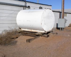 Fuel Tank Without Containment Or Proper Support
